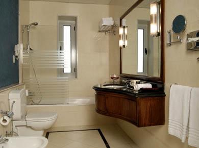 Sofitel Cecil hotel bathroom