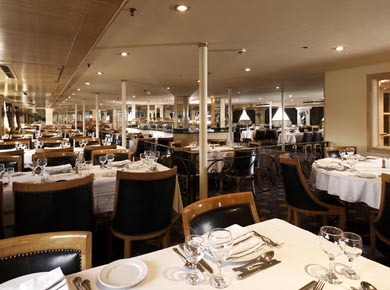 Crown Jewel Nile cruise Restaurant