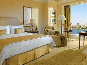 Four Seasons Hotel Cairo room